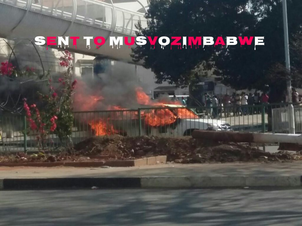 PICTURES: ZRP & ZBC Cars set on Fire as CHAOS and PROTESTS ROCK HARARE #MyZimbabweCampaign